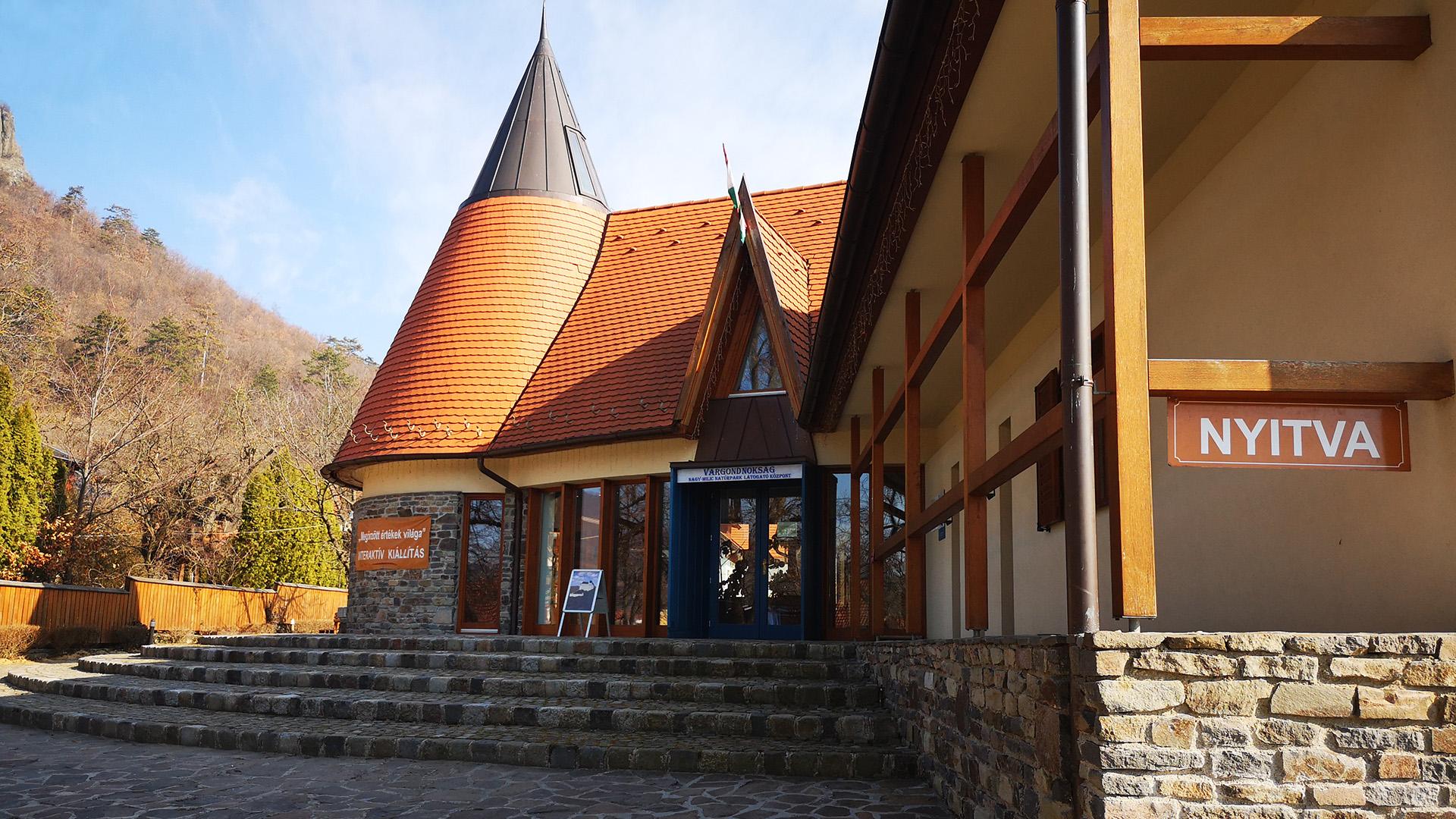 Látogató Központ nyitva tartás